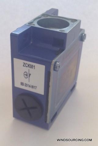 GS Hilfsschaltergeh. ZCKM1